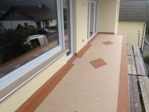 Bodenbeschichtung Balkonsanierung Mit Colorquarz Martin Bauservice